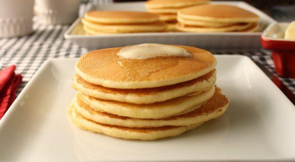 Best Homemade Buttermilk Pancakes Recipe