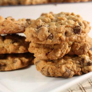 Chocolate Chip Oatmeal Cookies Recipe {Gluten Free} @whatagirleats
