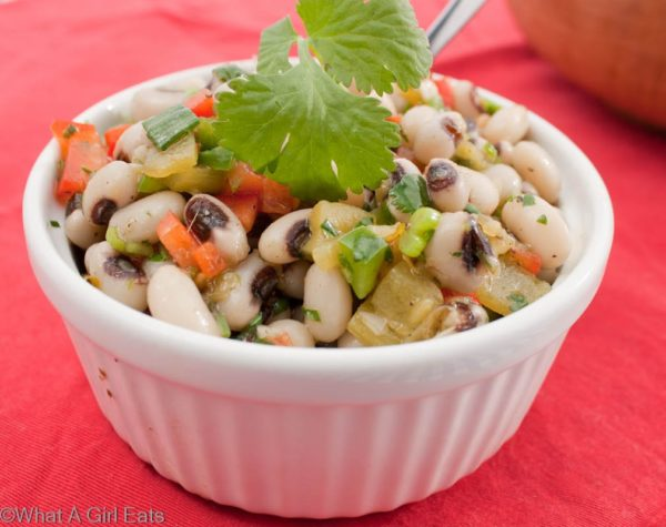 New Year's Day black eyed peas, also known as Texas caviar! Get the recipe from @whatagirleats