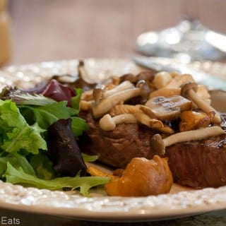 Steak with sauteed mushrooms