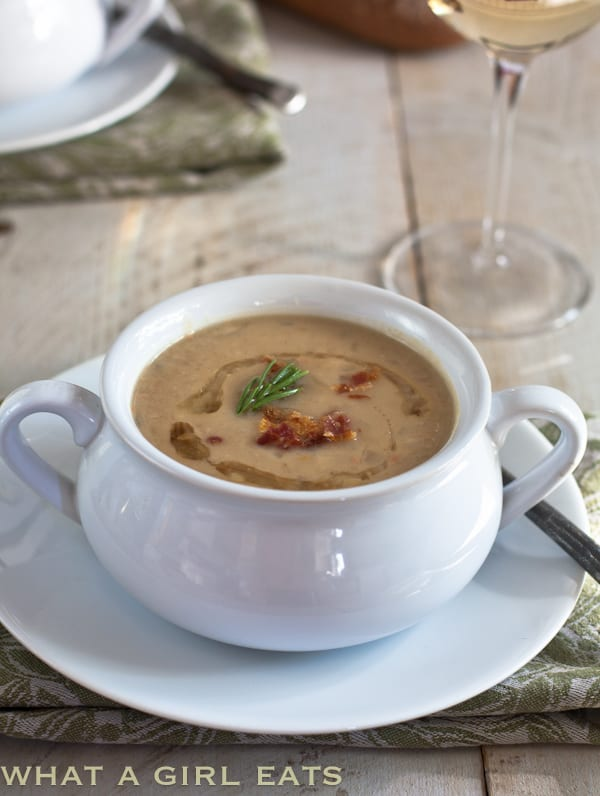 Tuscan White Bean Soup with Rosemary and Bacon