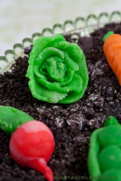 Marzipan lettuce