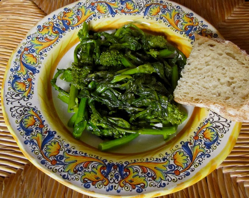 Healthy side dishes. Italian Sautéed Rapini with Garlic. Photo credit: Christina's Cucina.