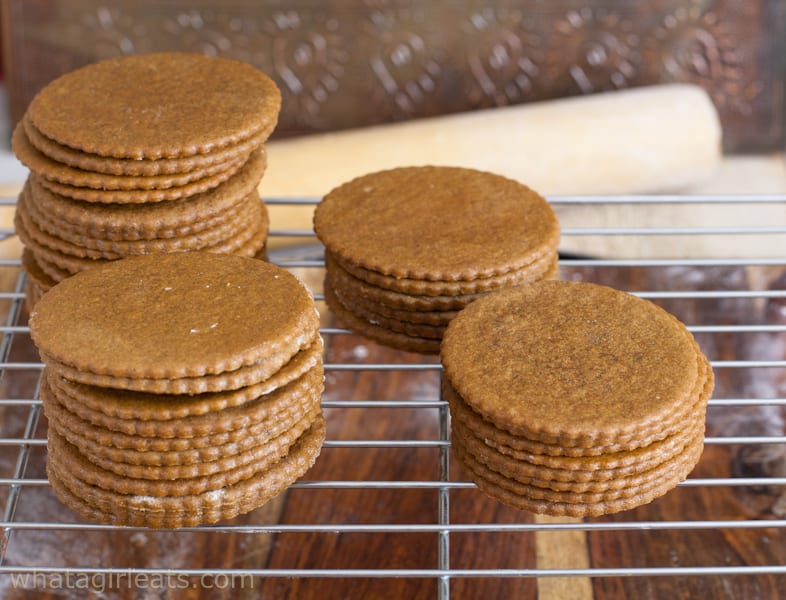 Moravian Molasses Cookies