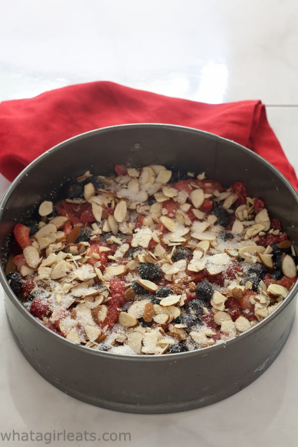 gluten free fresh berry cake with almonds