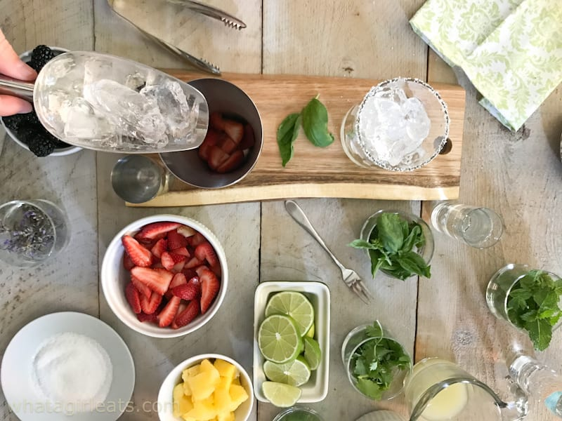 How To Throw The Perfect {Make Your Own} Margarita Party!