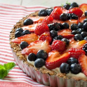 Fruit tart with glaze