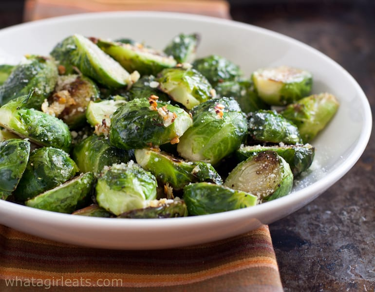 Roasted Garlic And Red Pepper Brussels Sprouts