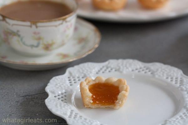 tart with tea