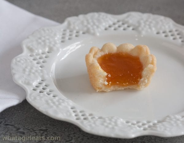 mini jam fruit tart
