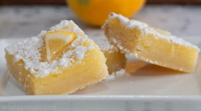 lemon bars close up